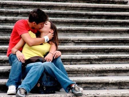 Значение поцелуев и их важность в отношениях