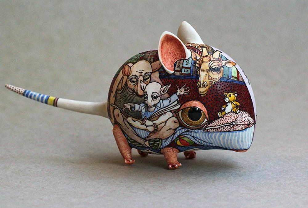 Дуэт украинских художников создает сказочные фигуры изфарфора