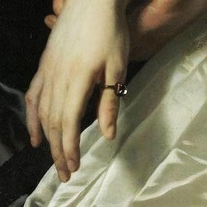 На каком пальце носить кольцо?
