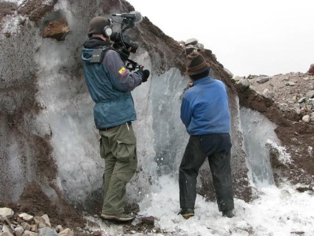 «Человек льда»: последний добытчик льда в Эквадоре