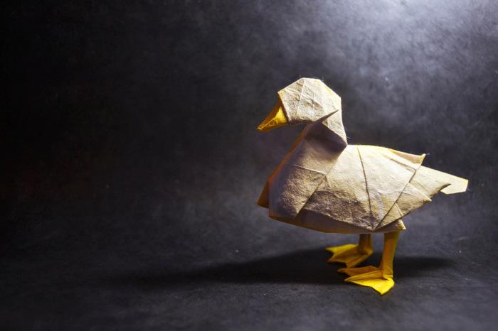 Уточка. Мастер оригами: Гонсало Гарсия Кальво (Gonzalo Garcia Calvo).