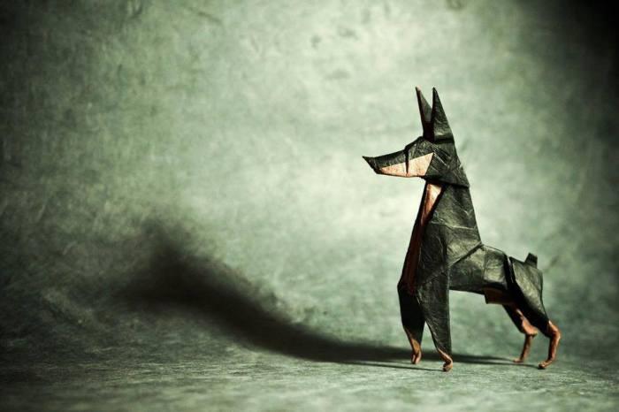 Доберман. Мастер оригами: Гонсало Гарсия Кальво (Gonzalo Garcia Calvo).