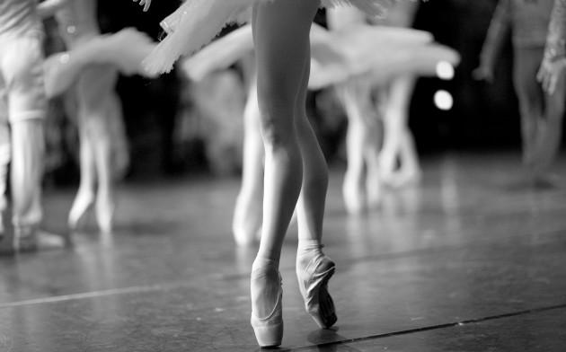 Стройные ноги: упражнения