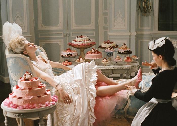 Кадр из фильма «Мария-Антуанетта»./фото: vev.ru