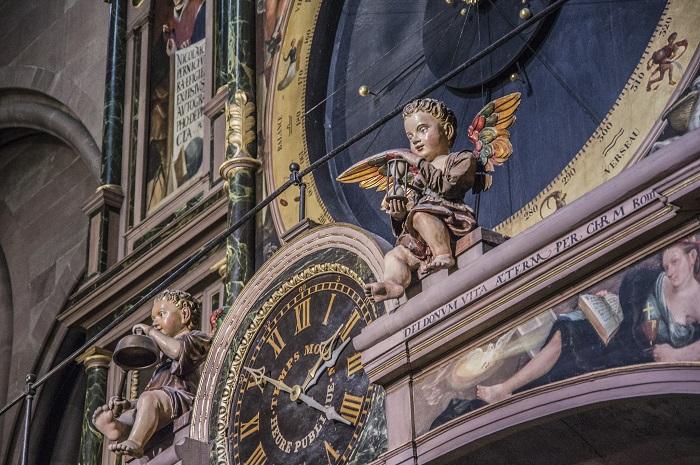 Ангел, который переворачивает песочные часы. | Фото: flickr.com.